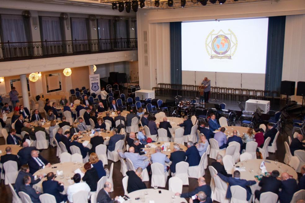 Второе заседание Международного полицейского клуба